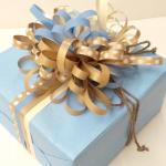 Esempio Pacchetto regalo con Nastro Carta Kraft